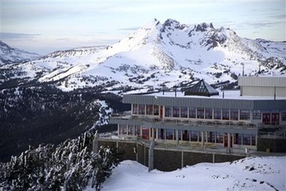 Mount Bachelor Pine Martin Lodge